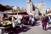 Open all year round, the Union Square farmer's market provides a fresh atmosphere for New Yorkers and visitors alike.