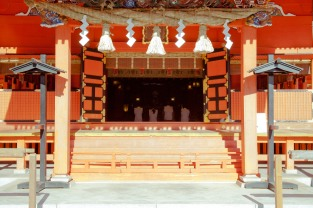 A visit to the shrine clears to soul for the new year - Fujinomiya, Japan.